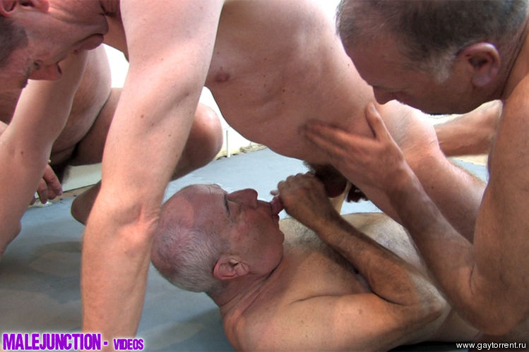 Free gay bear movie clips
