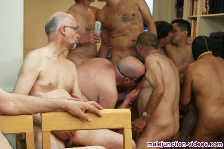 Male Junction - Naked Party - 2 Clips Flv-3271
