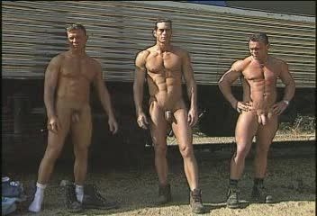 manhunt naked chat