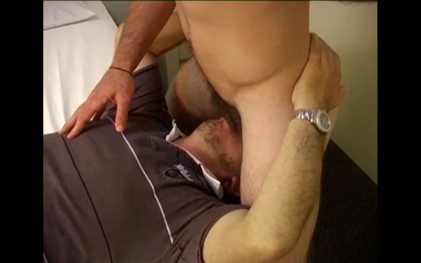 Straight Guy Gets Gay Blowjob