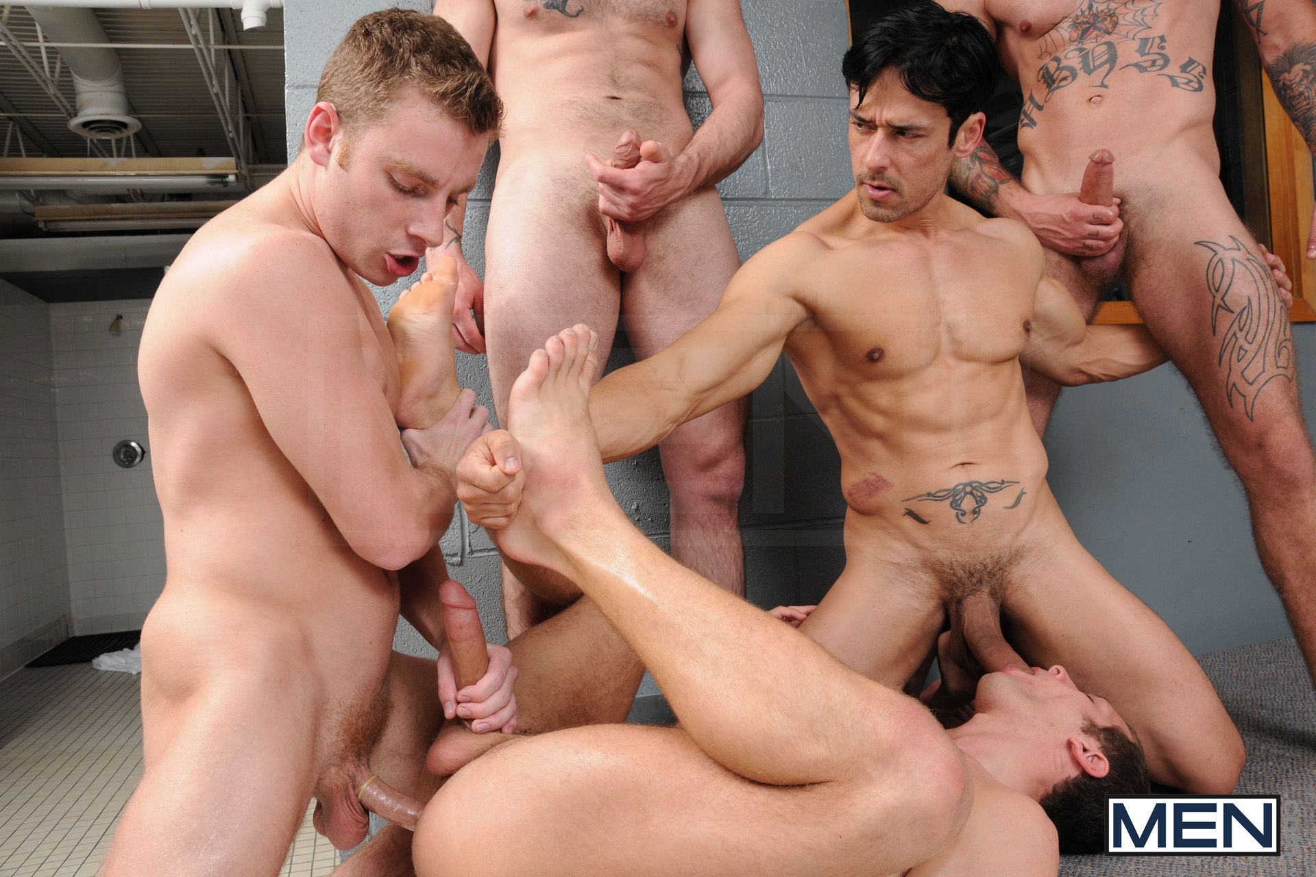gay-locker-room-orgy-with-abs