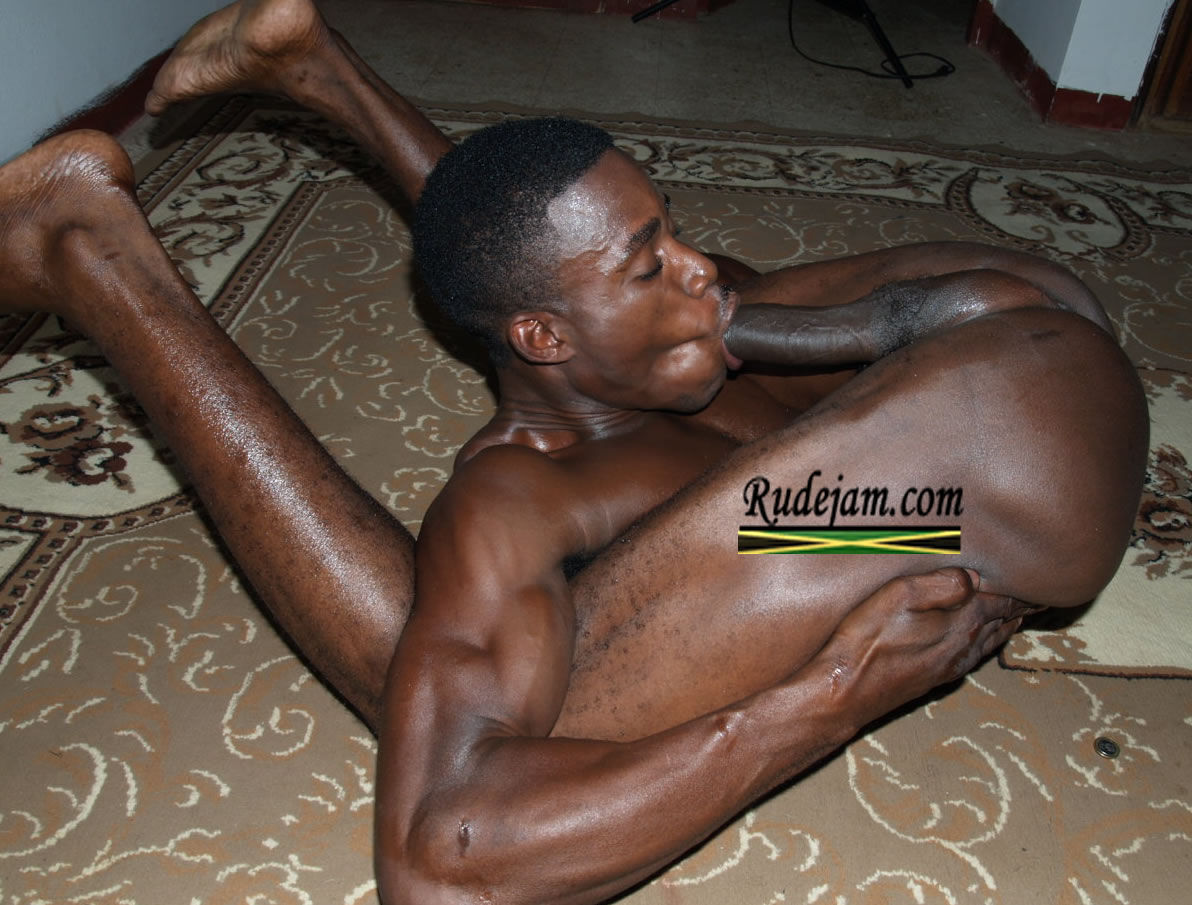 Sucking big black dick gay-6275