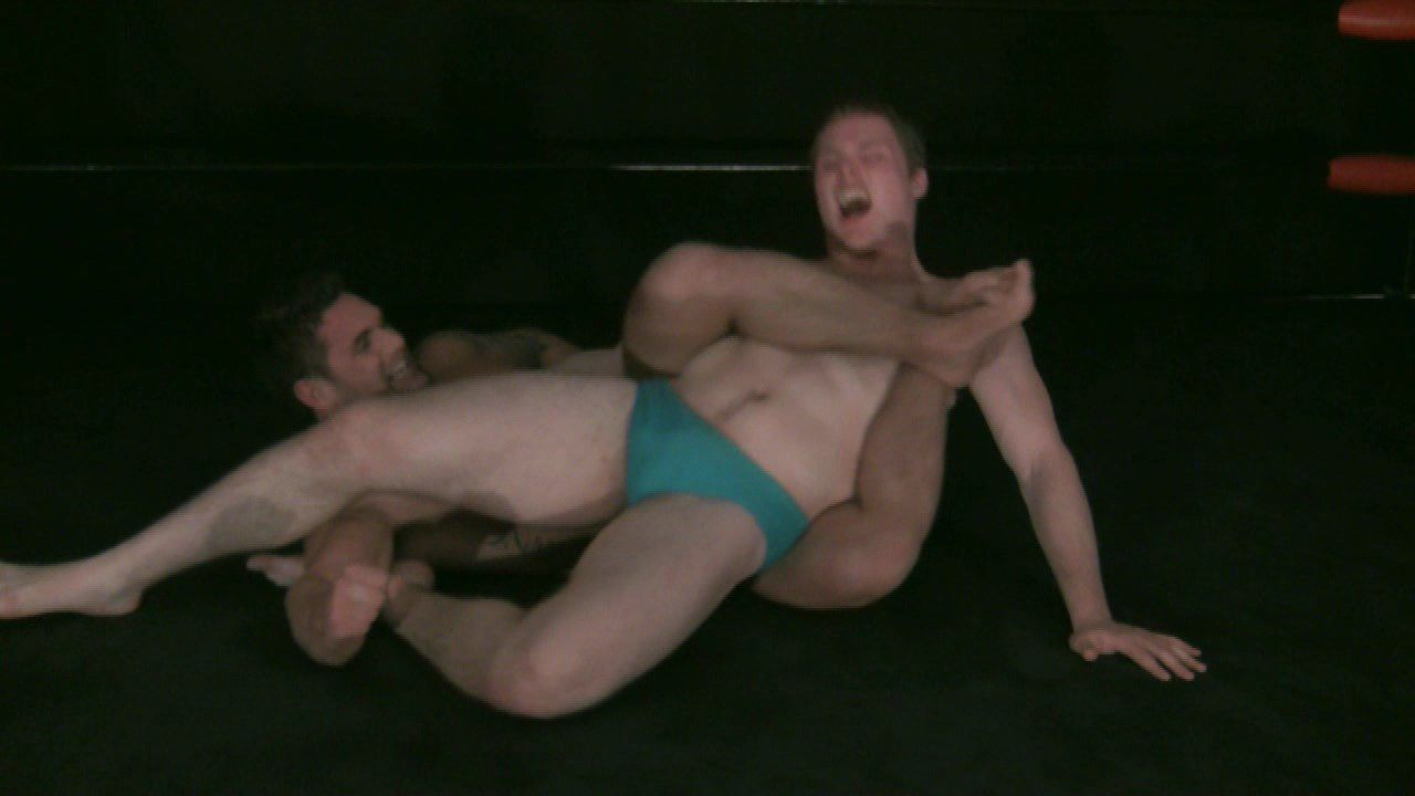 Muscle Gay Wrestling 48