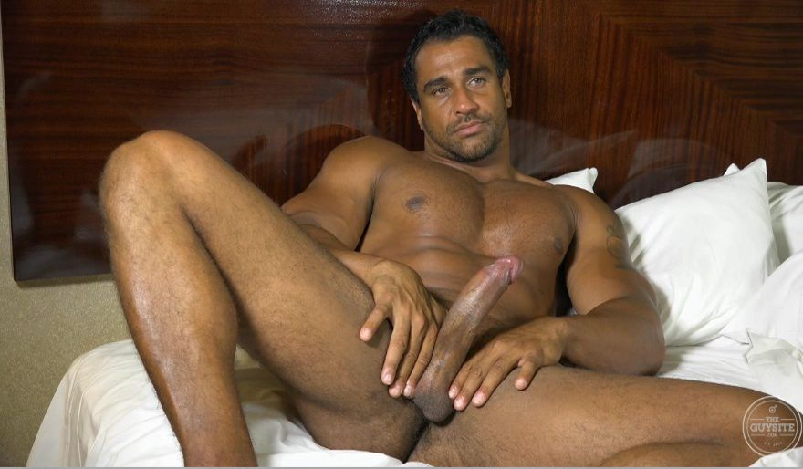 brazilian-naked-men-videos-petite-extrait-gratuit-videos-x